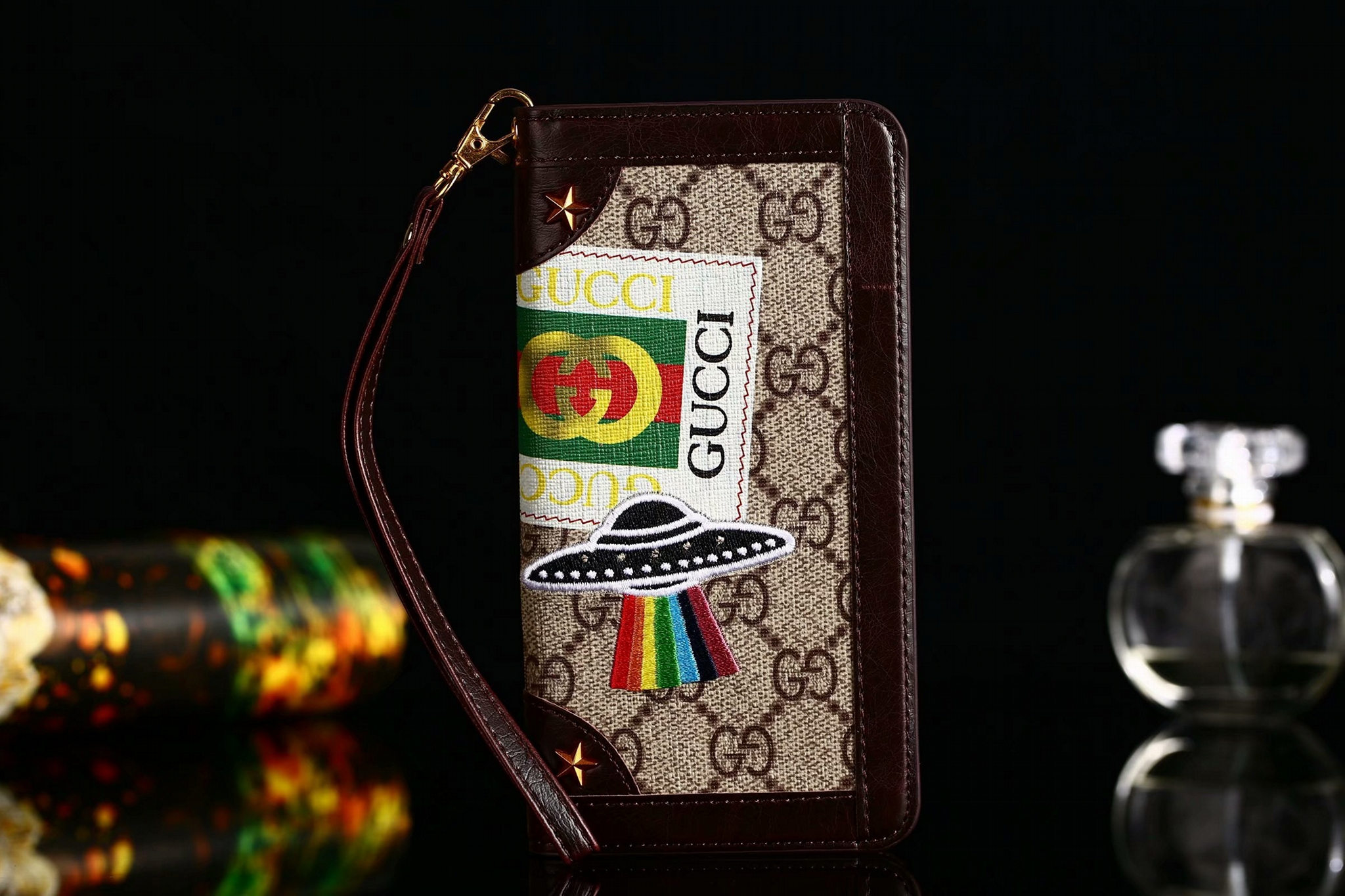 42fc78dd2 XR XS MAX Gucci embroidery flying saucer wrist strap cardslot wallet